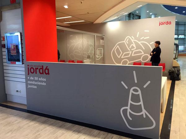 Jordá abre en Valencia la primera autoescuela en un El Corte Inglés